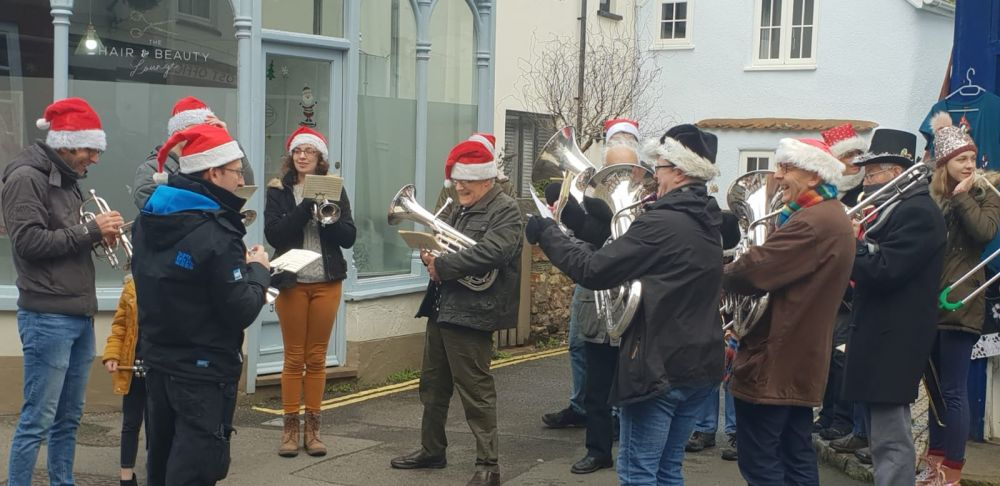 Christmas Eve Caroling in Watchet - Dec 2019