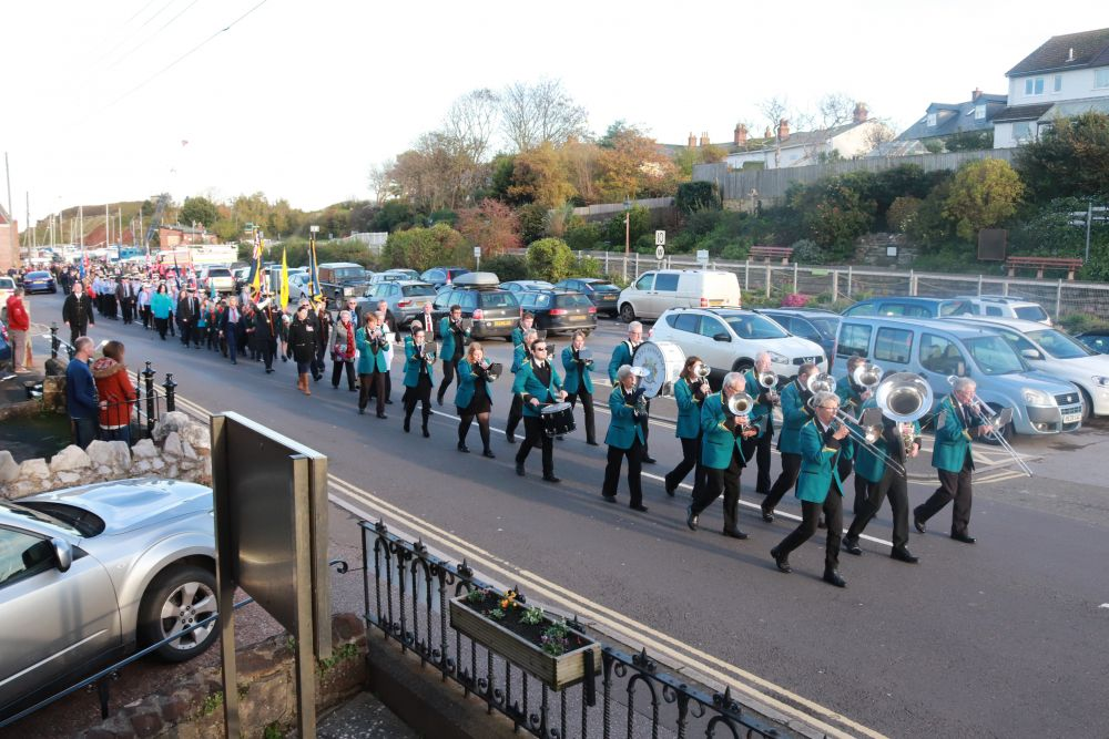 WSBB leading Remembrance Parade - Nov 2019